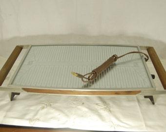 60s Salton Hotray Automatic Food Warmer w/ Wood Handles made in USA