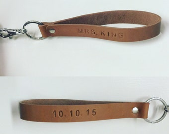 Customizable Veg Tanned Leather Keychain