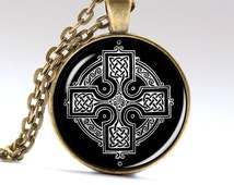 Beaded Celtic Symbol, Celtic Medallion, Medieval Pendant Necklace Jewellery necklaces Pendants   LG688