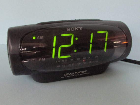 sony dream machine alarm clock radio icf c490 large green. Black Bedroom Furniture Sets. Home Design Ideas