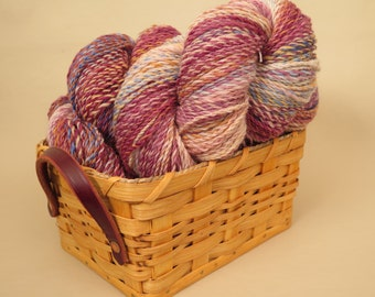 Hand Spun Yarn Corriedale 688 Yards Worsted Weight