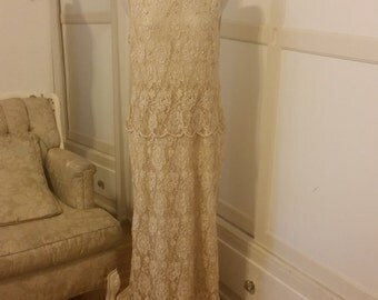 Vintage Lace Formal Gown (2 pcs)