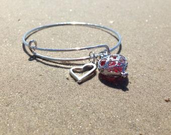 Heart Charm Bangle Bracelet - Red