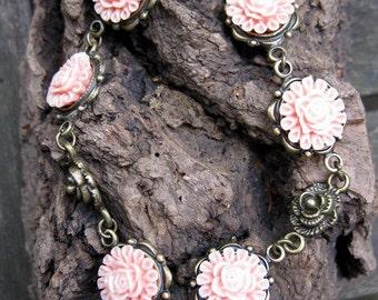 Flower bracelet - pink, antique bronze