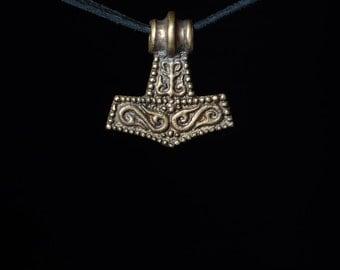 Small Thor's Hammer Pendant, Mjolnir, brass, handmade ..... Mjolnir Pendant
