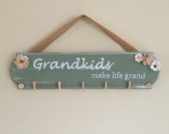 Grandkids Make Life Grand Sign/ Grandkids Sign/ Grandkids Photo Frame/ Grandkids Frame/Christmas Gift for mom/ Grandparent Gift/ Mother Gift
