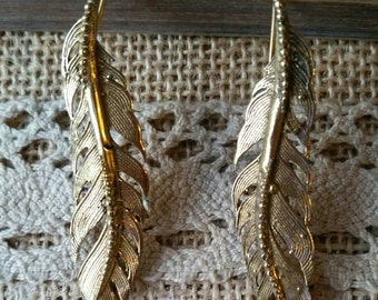 Pair of earrings feathers brass