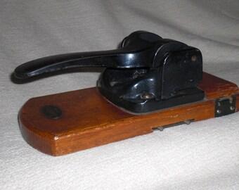 Antique LEITZ Locher Nr. 180 desk Bürosysteme, punch, slot punch, corner hole rounder