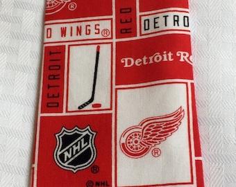 Boy's Detroit Red Wings tie, boys hockey tie