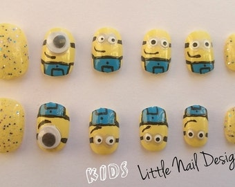 Minions Despicable Me Hand Painted False Nails