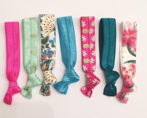 Ha-waii knot hair tie set//elastic hair ties, party favor, hair tie bracelet, hair accessories, hair tie gift, hair tie set