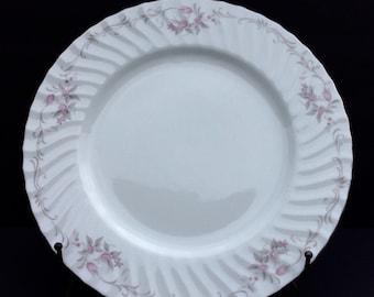 Year End Sale Gold Standard Genuine Porcelain China/Vintage Dinerware/Kitchen/Plates (4) Made In Japan