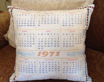 Vintage 1971 Calendar Decorative Pillow
