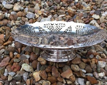 Vintage Art Deco Mappin & Webb Silver  Plate Raised Cake Stand.