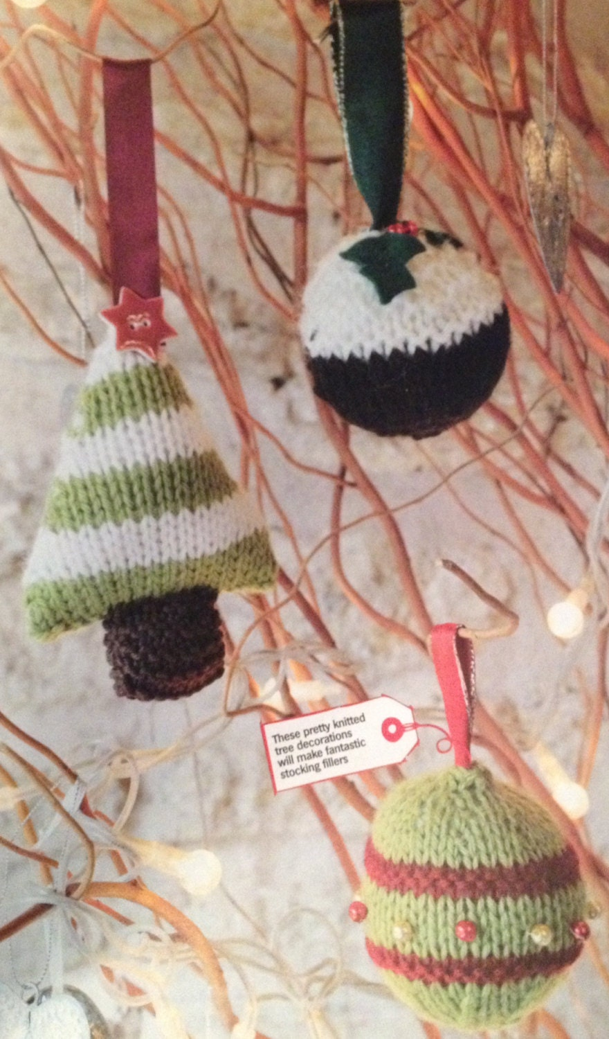 Knitting Pattern Christmas Baubles : Christmas Baubles Knitting Pattern