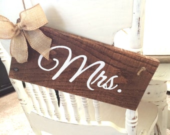 Mr. and Mrs. signs, wedding decor, wedding signs, wood signs, Wedding chair signs, Wood, Rustic wedding, wedding gift, gifts for the bride