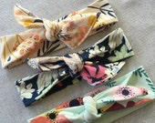 Set of 3 top knot headbands // Soft and...