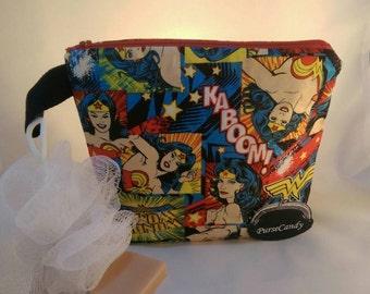 WONDER WASH - Wonder woman wash-bag / make-up bag