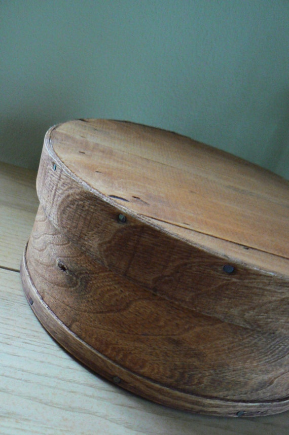 Vintage dufeck 39 s wood cheese box round wood box wood for Circular wooden box