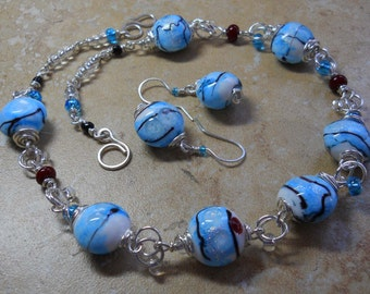 Sterling silver wire, blue & white lampwork bead with red dots necklace set