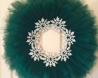 Green Tulle Tutu Wreath with Glitter Snowflakes; Christmas Wreath; Winter Wreath; Christmas Decor; Holiday Decor Wreath for Girl