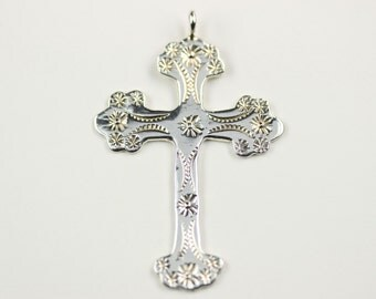 Native American Navajo .925 Sterling Silver Hand Stamped Cross Pendant