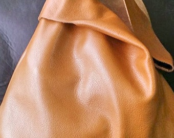 POUCH. Leather wristlet / pouch / small bag / leather handbag / evening leather bag / leather clutch.