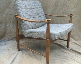 Mid Century Wood Lounge Chair Plaid Seating