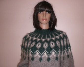 Norwegian wool knit sweater handmade green and gray sweater and warm wool n Scotland dress excellent condition