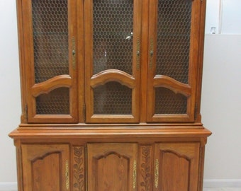 Hickory Co. Country French China Cabinet Hutch Oak Breakfront Display