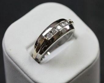 50% Off Men's diamond 14K, white gold .50ctw Band