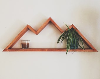 Geometric Mountain Shelf