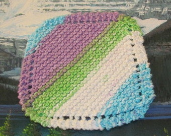 0248 Hand knit dish cloth 5.5 by 6