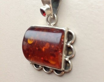 """Sterling Silver Amber Pendant 1.5"""""""