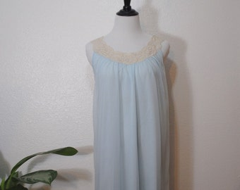 60s Baby Blue Lace Trim Nightgown