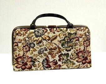 Petite valise années 60 en tapisserie