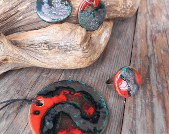 Hand made bijoux - Pendant, earrings and ring in ceramic