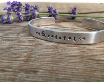 Grateful bracelet - grateful jewelry - inspirational bracelet - practice gratefulness