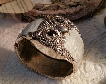 White OWL bracelet Bangle silver look CA126