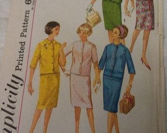 Simplicity Pattern No. 4859 Size 14