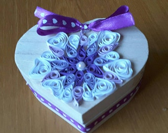 Heart shaped quilled Jewellery /Trinket box.