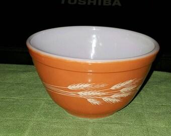 Pyrex harvest bowl.  401 smallest of the set/