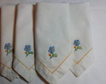 Hankies / Napkins Handmade Linen Hand Embroidered, set of 4