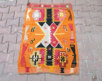 TURKISH KILIM RUG Vintage Handoven Rug  45 x 29 inches