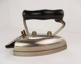 Vintage electric iron, Hotpoint 1930'3 - 40's