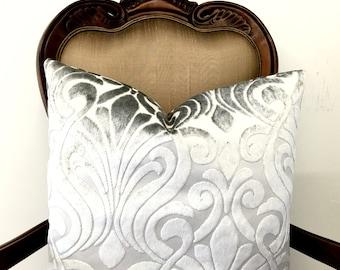 Light Grey Velvet Decorative Pillow Covers, Velvet Pillow, Decorative Pillow, Grey Velvet Cushion Covers, Velvet Throw Couch Pillow Covers