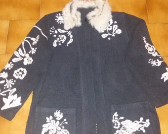short coat embroidered