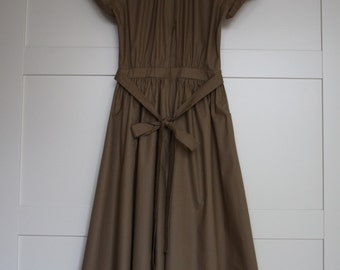 Beautiful Midi Dress Beige Dress Short Sleeves Dress Size XS