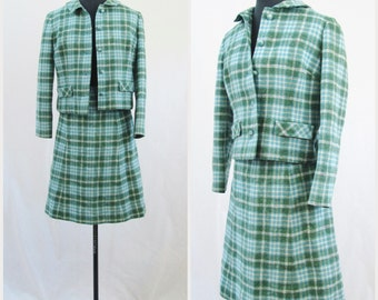 1960's Jackie Kennedy Style Wool Plaid  Tweed Skirt Suit. Vintage Size 10.