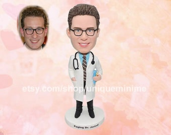 Customised Gift for Fathers Day - Custom Bobblehead dolls